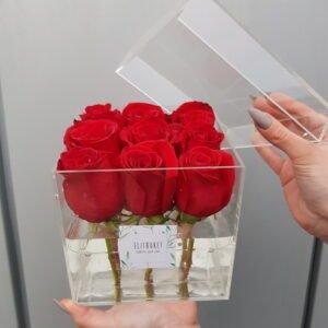 Новые акриловые коробочки на 9 роз Эквадор