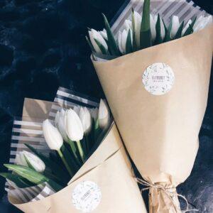 Букеты из 11 тюльпанов.