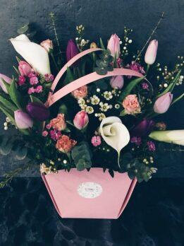Воздушная 💕 Тюльпаны и каллы.